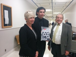 Alex Ayres with mom joyce and mcCabe